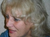 Helene Pflitsch îşi va prezenta cărţile la Turda
