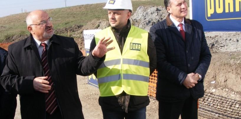 Prefectul şi liderii PSD în vizită pe şantierul drumului Turda-Sebeş