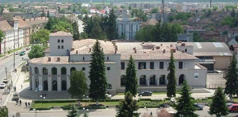 Buget la Câmpia Turzii. Ședința Consiliului Local transformată în meci  politic între PSD și PNL