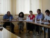 Administrație rurală: Doi din zece consilieri locali au studii superioare. Cum decid aleșii de la sate?