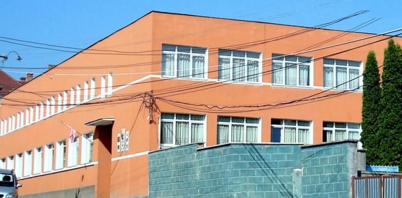 Închiderea Colegiului dr.Ioan Rațiu, motivată prin modificarea rețelei școlare