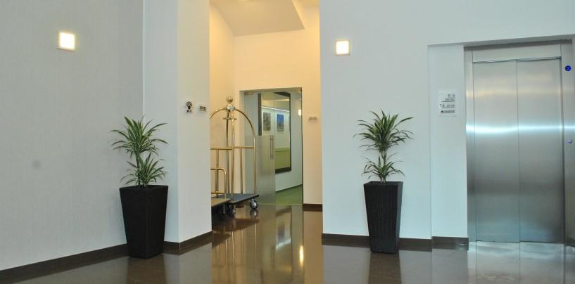 """""""Reabilitarea Hotelului Potaissa s-a făcut mai ales cu materiale premium"""", spune arhitectul Paul Sârbu"""