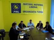 PNL Turda îi vrea de partea sa pe internauţi. 6 proiecte popularizate pe internet au fost depuse la Consiliul Local