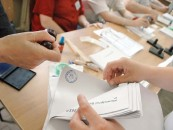Elevii și studenții au bilete de tren gratuite pentru a merge acasa la vot