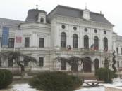 Primăria Turda a cumpărat PC-uri în valoare de 120.000 de lei. Pe liste și scaun de director cu 1500 de lei
