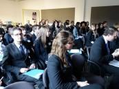 Studenții  invitați să participe la o conferință ce simulează luarea deciziilor în NATO și G-20