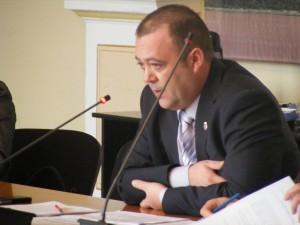 Consilierul Ovidiu Micu a cerut includerea unui psiholog în echipa mobilă de intervenție