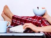 "Contracte de tip ""teleworking"" pentru munca pe internet"