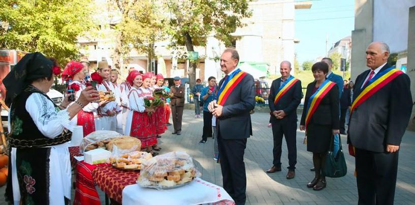 Festivalurile Turzii. Domeniul Public a cheltuit 18.000 de lei pe bannere publicitare