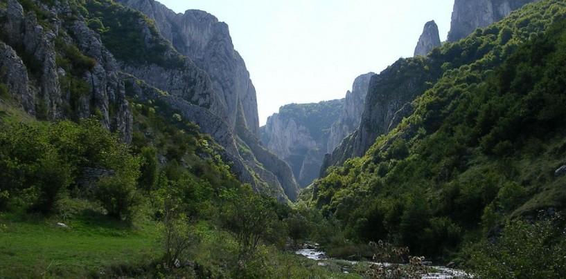 Duminică, invitaţie la ecologizarea Cheilor Turzii
