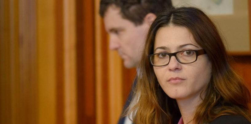 Florina Presadă, singurul senator care s-a opus pensiilor speciale pentru primari. Codul Administrativ aruncă România cu 20 de ani în urmă