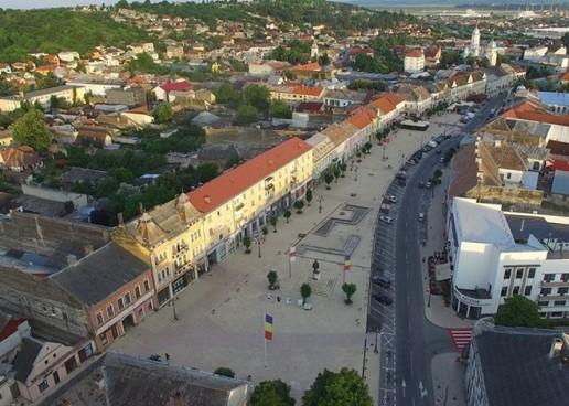 Traseul autobuzelor și programul festivalului de folclor de la Turda