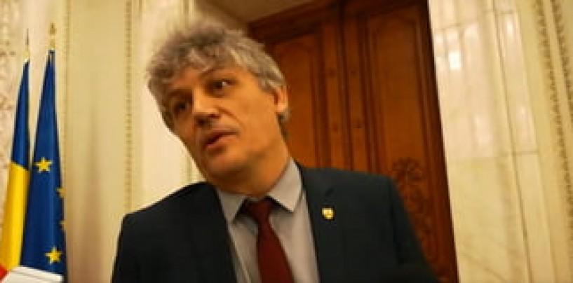 PSD- ALDE au eliminat referirile la politicieni din legea ce verifică spălarea banilor