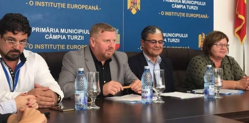 Câmpia Turzii: Primarul a semnat primul  contract cu fonduri europene din mandatul său
