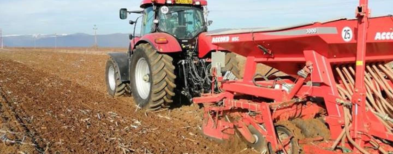 A început semănatul la orzoaică. Peste 1000 de hectare vor fi însămânțate în Cluj