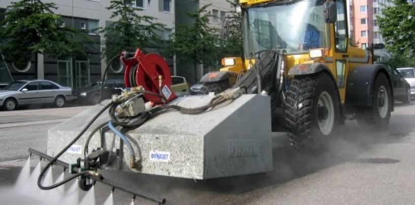 Turda sub gunoaie. Cum sunt măturate străzile din oraș?