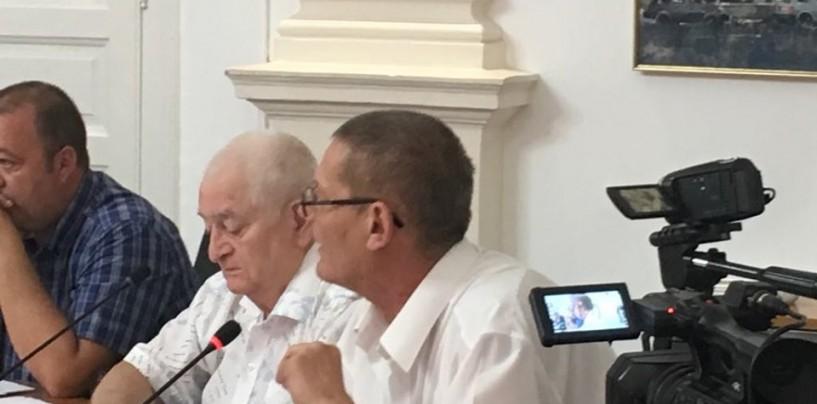 """Ședință specială despre salubriate, după 10 august. """"Prival își bate joc de turdeni"""", crede consilierul Adrian Sărmășan"""