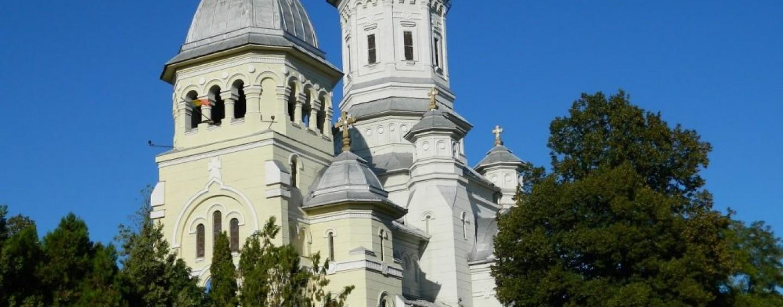 200.000 de lei pentru clopotnițe și renovări. Bisericile primesc cele mai mari sume din fondul pentru ong-uri
