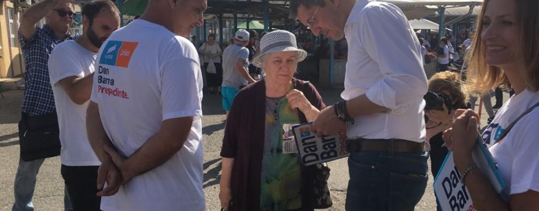 Dan Barna în campanie la Turda. Pensiile speciale și compromisurile, pe lista principalele nemulțumiri ale turdenilor