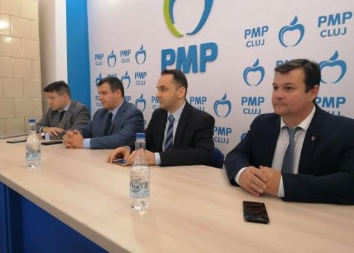 PMP Turda nu are soluții pentru problema câinilor vagabonzi. Solicită administrației locale să intervină