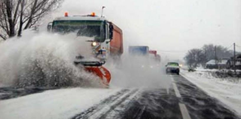 Drumurile judeţene, în condiţii de iarn� dar practicabile
