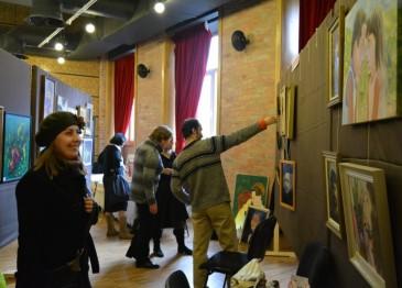 Artişti plastici din Turda şi Câmpia Turzii într-o  expoziţie de amploare, la Cluj (foto: Ioana Colcer)