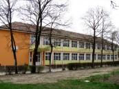 """Directorul Şcolii Avram Iancu: """"Am luat toate m�surile ca agresiunile asupra  elevilor s� nu se repete"""""""