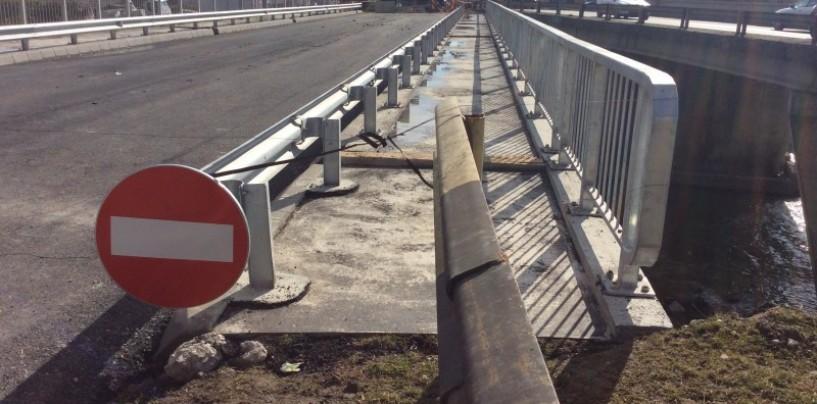 """'Trotuarul minune"""" de pe podul peste Arieș, necesar pentru pozarea de echipamente"""