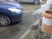 Centrul, sufocat de apele din canal. Compania de Apă  trimite echipe de intervenție