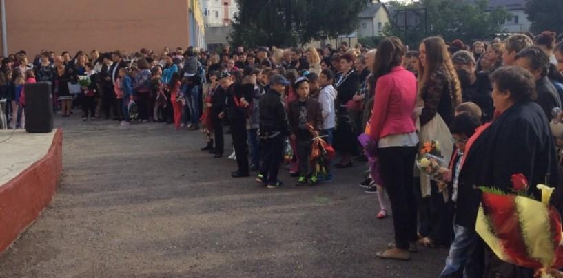 Peste 6000 de elevi turdeni au început școala
