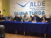 ALDE Turda începe să se cristalizeze. Alianța a organizat prima conferință de presă comună PC-PLR