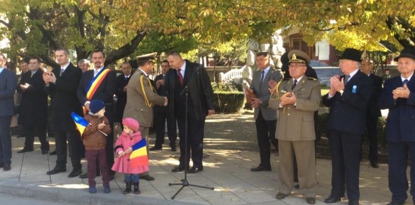 Autoritățile au sărbătorit Ziua Armatei Române. Eroii de la Turda au primit peste 1500 de decorații militare