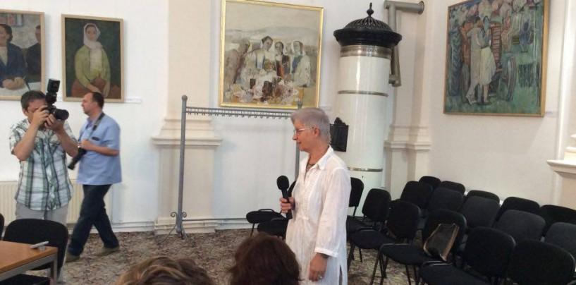 """Clara Labancz a primit titlul de Cetățean de Onoare. Consilierul Corpodean -""""Cine e, că eu nu știu"""""""
