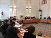 Primarul vrea 64 de milioane de euro de la Guvern, pentru străzi