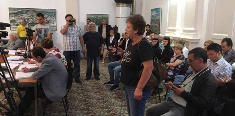 PSD a refuzat să împartă banii între mănăstire și spital. Primarul promite în schimb 250.000 de lei