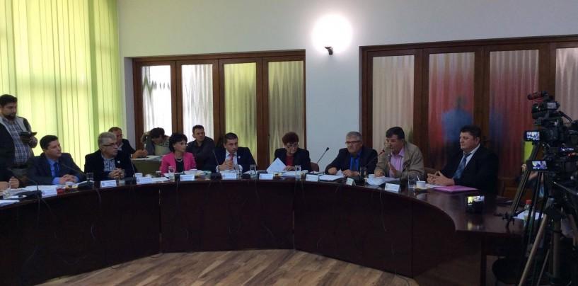 Consiliul Local C. Turzii a votat majorarea tarifelor la apă. Află care sunt documentele pe care consilierii le puteau solicita suplimentar