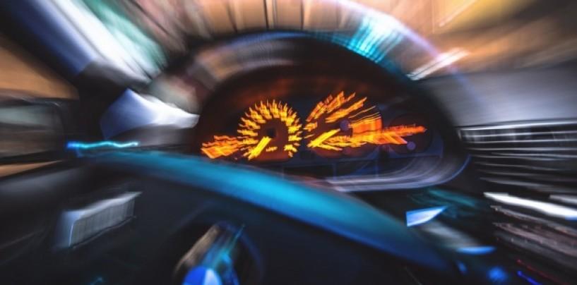 Cu permis fals si cu peste 200 kmh pe autostradă