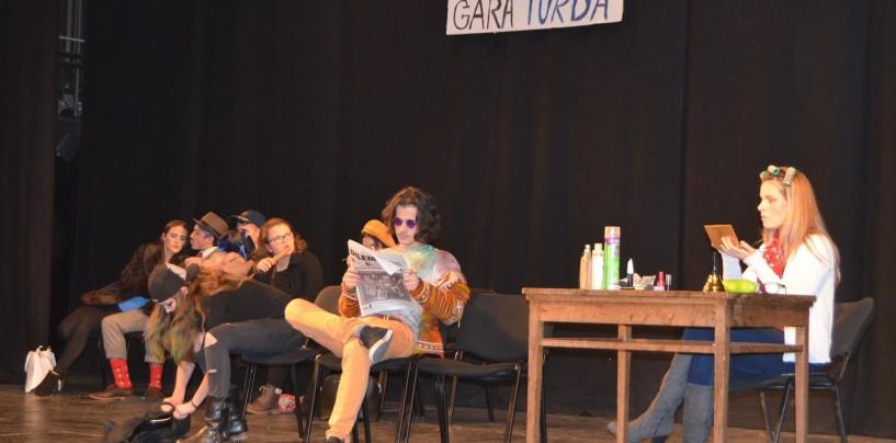 Elevii Colegiului Tehnic Turda, din nou pe scena teatrului turdean