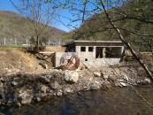 Microhidrocentrala ilegală de pe Someșul Cald a fost demolată