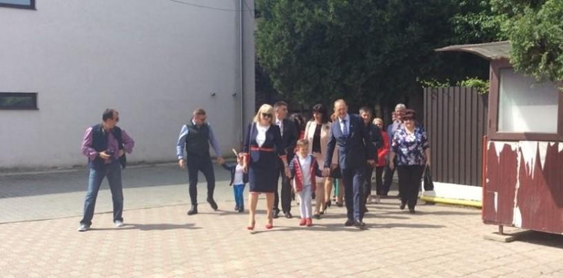 Turdenii i-au dat cu flit primarului Matei. Au validat referendumul