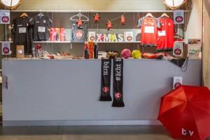 Echipa elevețiană are un magazin de suveniruri, pentru fani (sursa foto: www.bsvbern.ch)