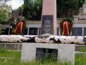 Armata și Poliția din Turda au greșit eroii. Au dat onorul soldaților sovietici