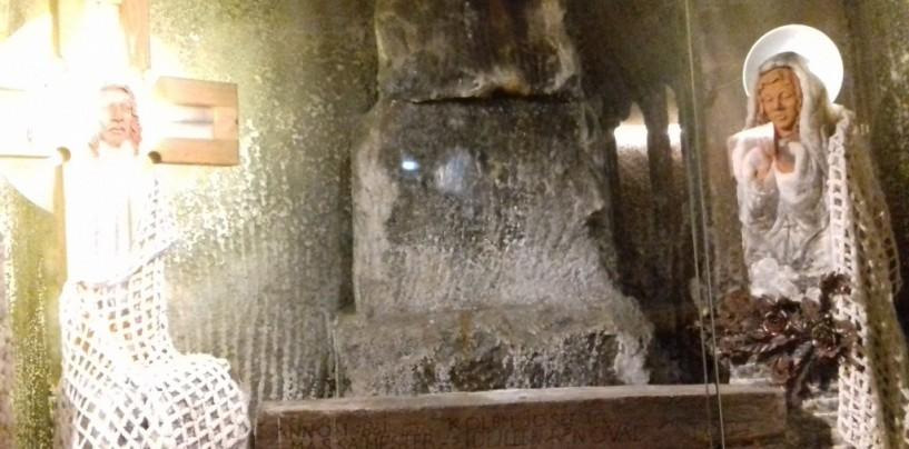 Furăciunile de la Salina Turda.  Angajați și persoane din conducere foloseau donațiile turiștilor în scopuri personale