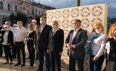 """Corina Crețu critică împărțirea de ajutoare în campania electorală.  """" Aceată forțare pe ultima sută de metri arată o oarecare disperare"""""""